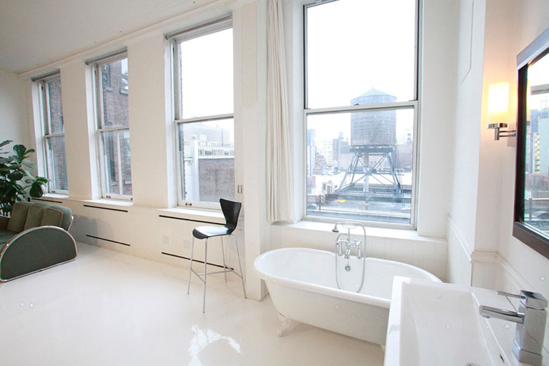 Bon Shoot In Bathroom Studio NYC. U201c